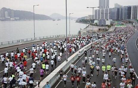 第19届渣打马拉松2015香港马拉松报名的问题