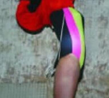 重庆红衣男孩死亡原因真相内幕是什么?凶手是谁?图片