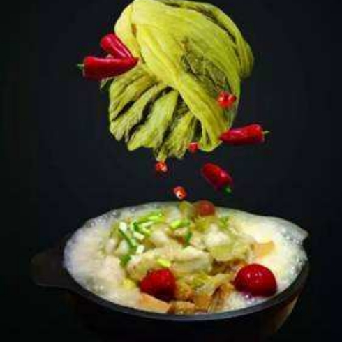 卢小鱼酸菜啵啵鱼加盟多少钱