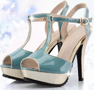 卓诗尼女鞋加盟费多少