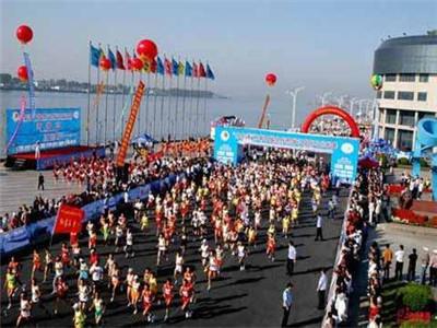 2016北京马拉松路线图和参赛地址参赛方式图片