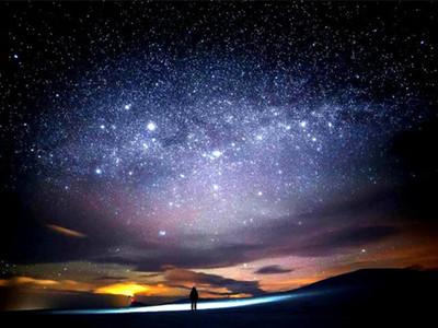 北欧星空3d灯光特效主题展图片