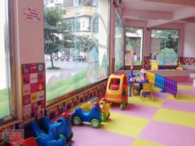 星期六儿童乐园加盟是个赚钱的好项目