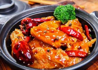 2018开一家锅先森台湾卤肉饭快餐店总投资大概多少钱?