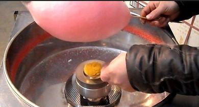 音乐花式棉花糖的制作过程赏心悦目,颜色多样,造型奇特,完全颠覆了几