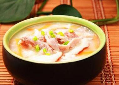粉藕炖鸭肉怎么做好吃?粉藕炖鸭肉的做法