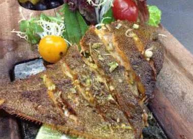 烤鲽鱼怎么做?黄金鲽鱼的做法是什么?