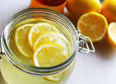 蜂蜜柠檬水能丰胸吗?蜂蜜柠檬水怎么泡好喝?