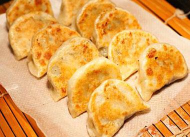 煎饺怎么煎才酥脆好吃?