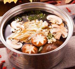开一家鱻煮艺火锅加盟店需要多少钱