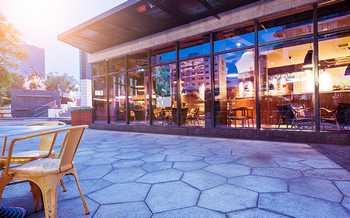怎么设计餐饮店的装修才能满足消费者得需求?
