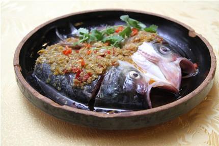 开胃鱼头王/清蒸鲈鱼