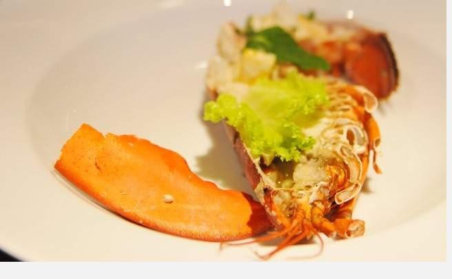 波士顿龙虾,阿拉斯加蟹脚
