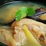 冬季养生——养生八宝猪蹄汤做法详解