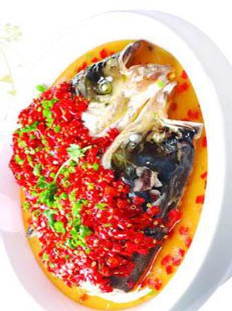 剁椒鱼头怎么做?剁椒鱼头的做法