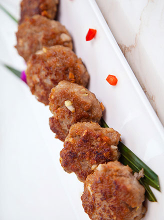 糯米丸子用什么肉好吃?怎么做不散