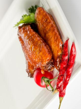 香辣干锅鸡翅需要哪些食材?怎么做