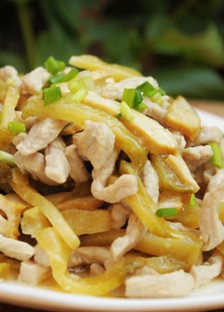 榨菜香干炒肉丝墨鱼干煲汤什么汤调经图片