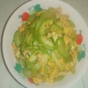 中老年人食谱——角瓜炒鸡蛋