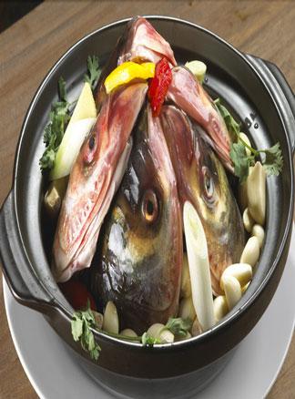 春季食疗精品系列之鱼头汤