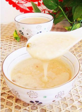 夏季减肥美食——荷叶绿豆粥