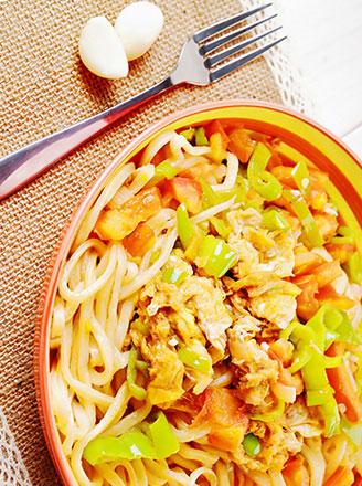 北方传统小吃豆角焖面的家常做法