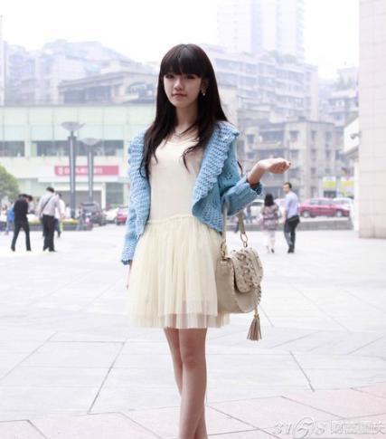2014年重庆美女街拍 时尚的春天 3158重庆分站 427