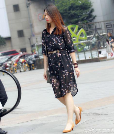 2014重庆美女街拍 亮瞎眼的时尚搭配