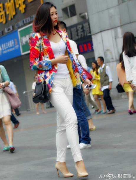 时尚美女网_重庆时尚街拍美女如云无懈可击_中华论坛_中