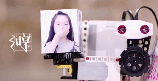 规模将达2000亿,未来的新趋势,智能机器人有多大的商机?