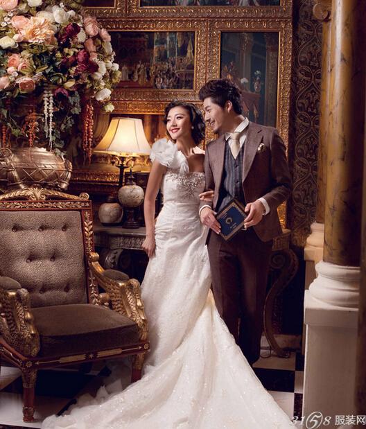 欧式婚纱照又叫宫廷婚纱照