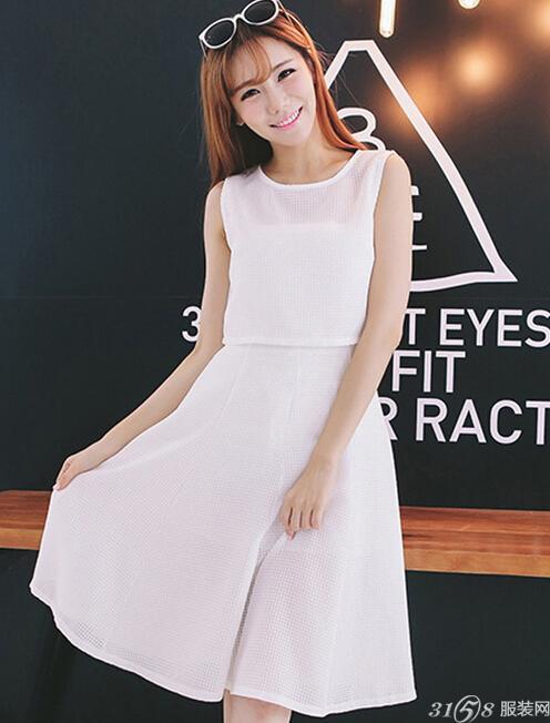 今年夏天不同风格的连衣裙有哪些图片