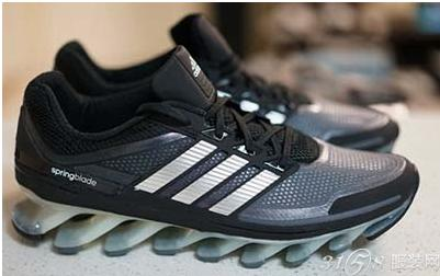 adidas跑鞋系列