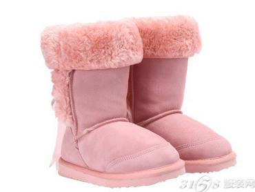 雪地靴什么颜色好看
