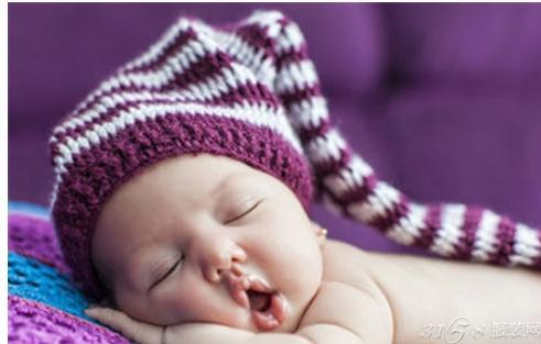 新生儿戴什么帽子好