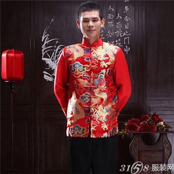 中式婚礼新郎穿什么与新娘礼服的完美搭配?
