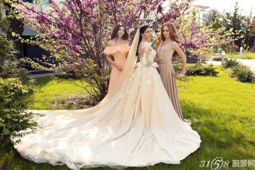 婚纱选用什么颜色比较好?