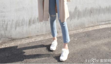 针织衫配什么鞋子好看?