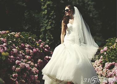 不同婚纱颜色寓意