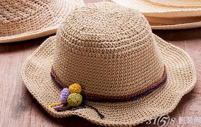 贝雷帽什么颜色好看