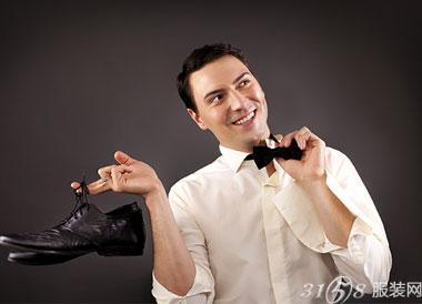 开男装加盟店怎么做能让顾客没有压力逛店
