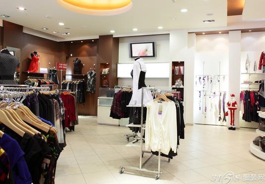 高端女装品牌加盟店如何经营