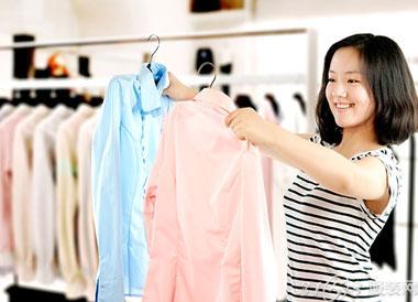 新手服装店主批发市场进货澳门正规博彩十大网站有哪些