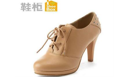 加盟鞋柜女鞋需要多少*