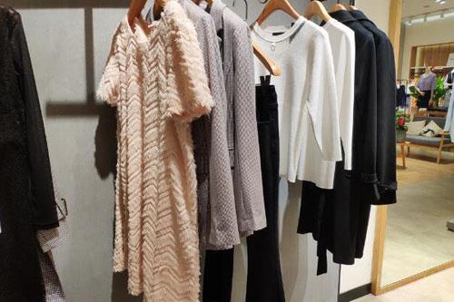 开一家CM女装店需要什么条件