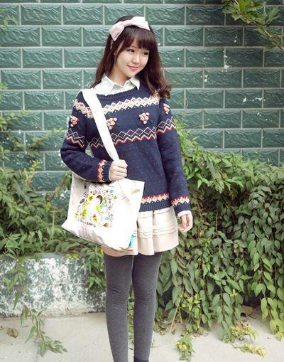 秋季服装搭配技巧 针织衫穿出可爱少女味