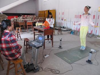 2014广州中考体育考试 近半考生选跳绳图片