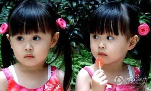 台湾最萌双胞胎sandy&mandy小时候超可爱照片