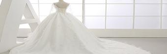 婚纱摄影选衣服注意事项 怎样选择呢