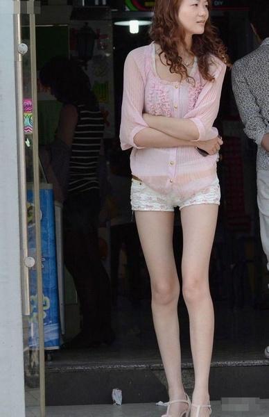 在夏季武汉街头各种美女绝对养眼